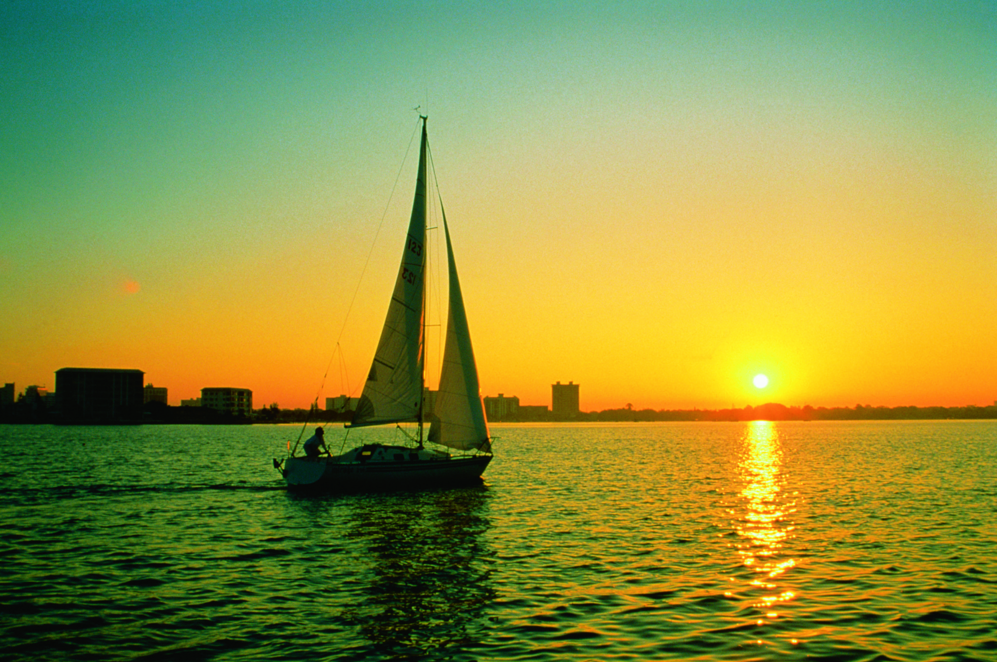 sailing at Sarasota Bay