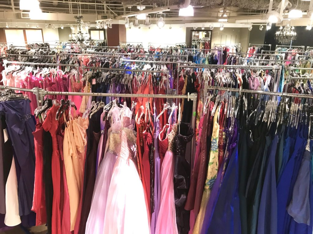 sorting dresses by size and color