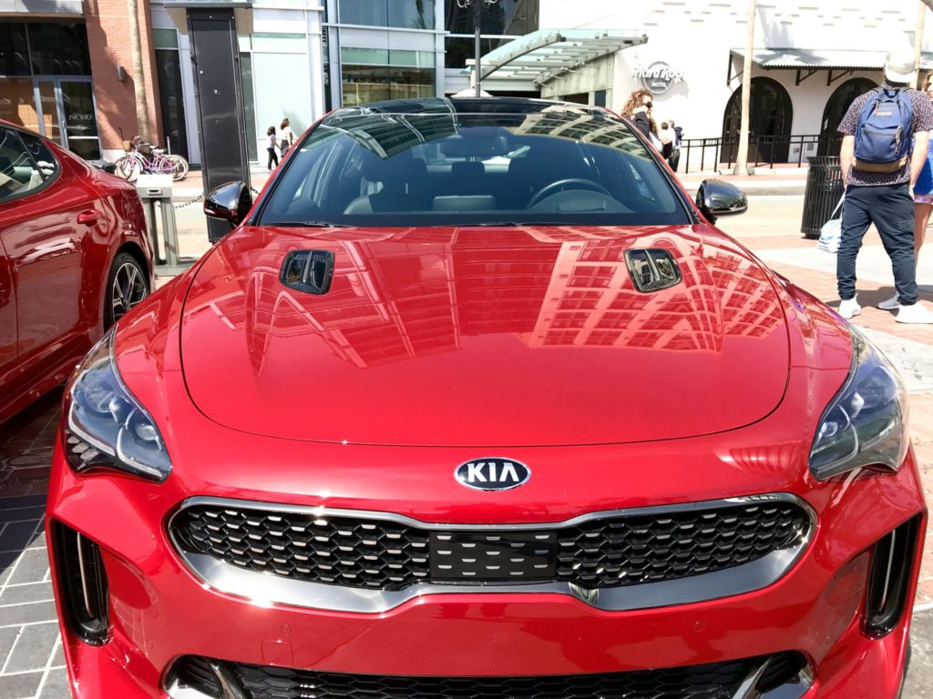front grill of Kia Stinger