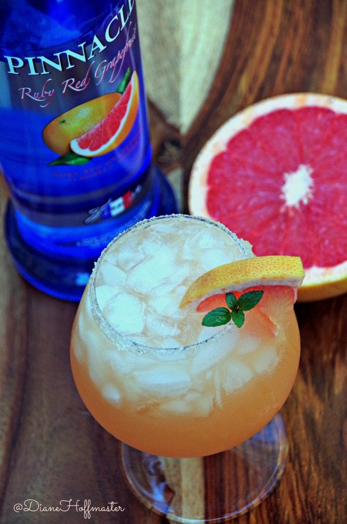 Summer Grapefruit cocktail