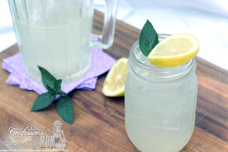Sugar-free Lemonade with Stevia recipe