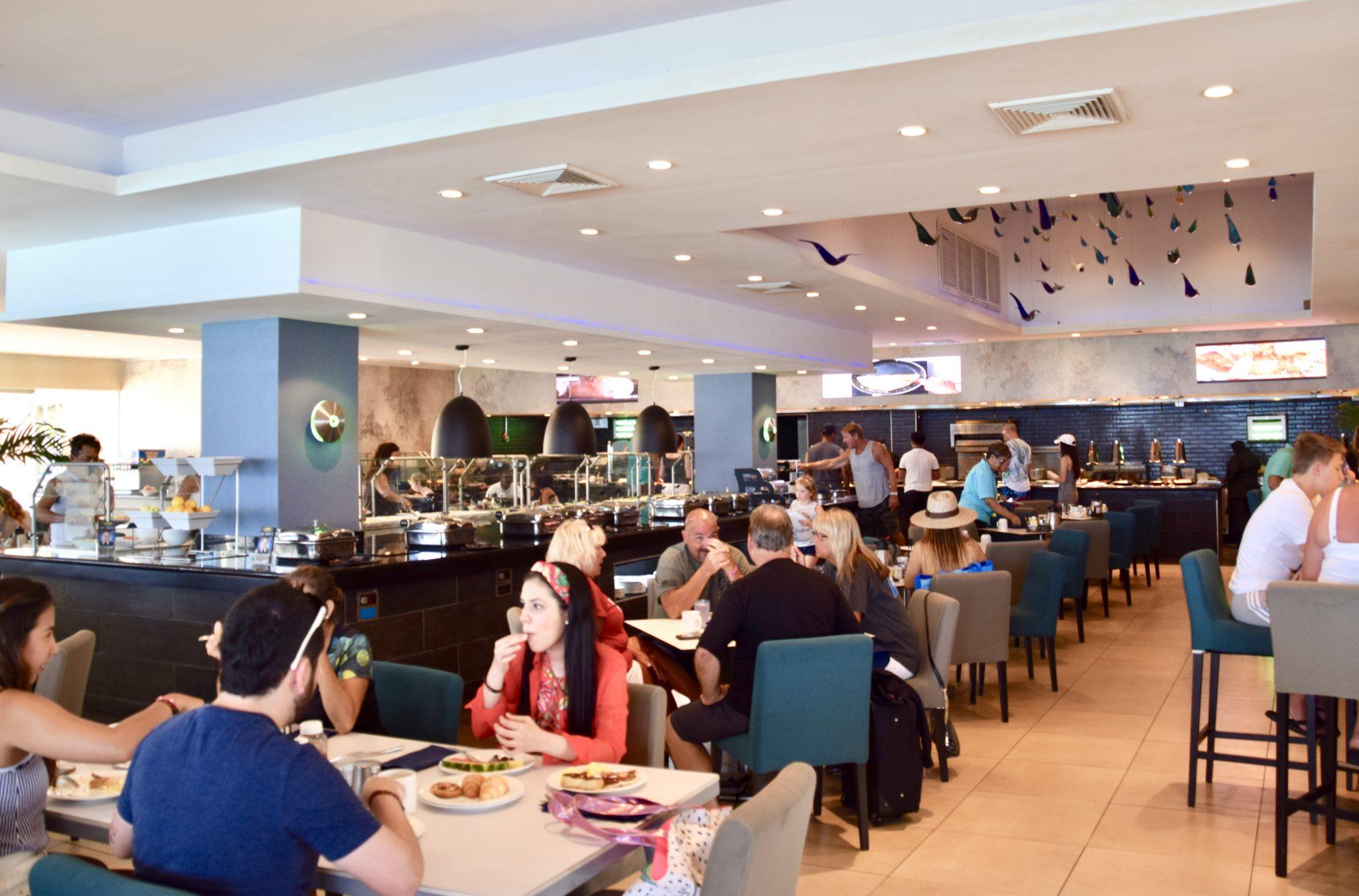 Dining room at Tamarijn Resort Aruba