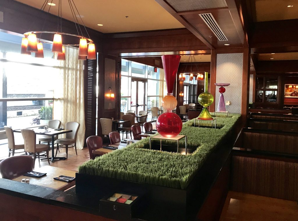 Liberty Tavern Restaurant at Hilton Omaha