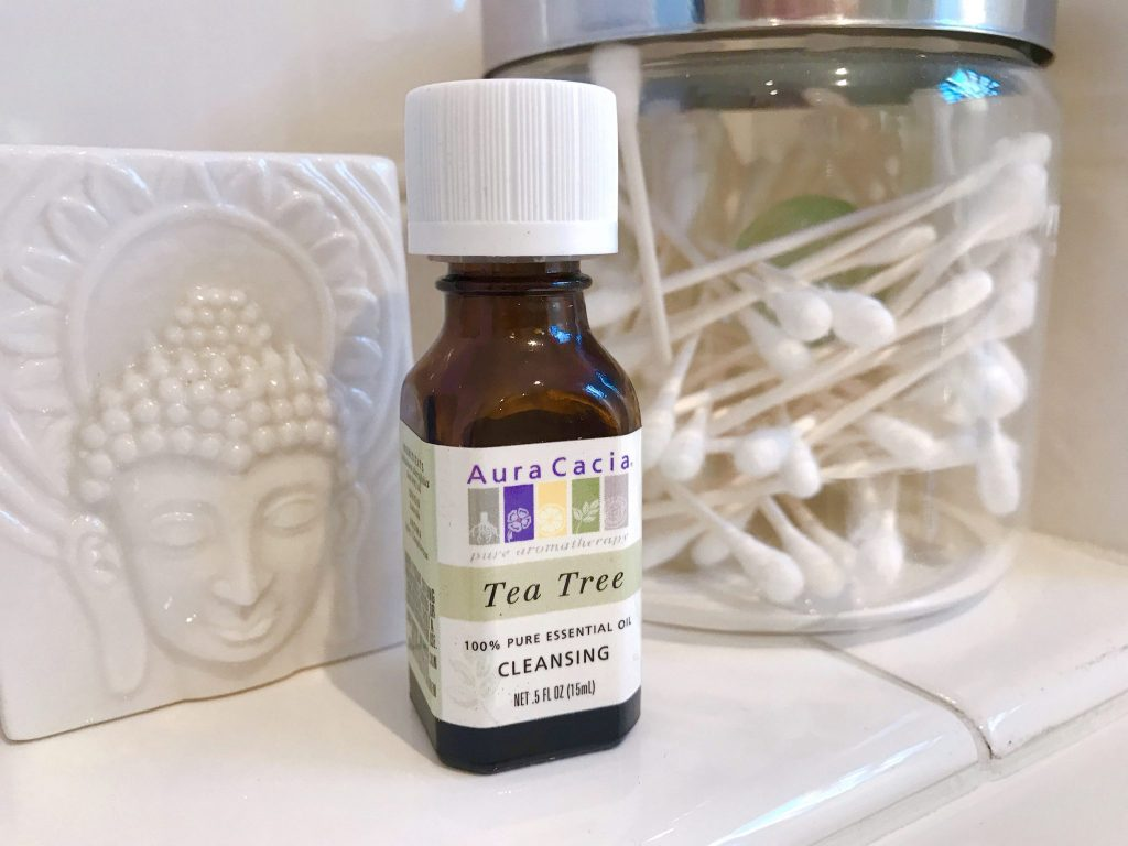 Tea Tree Oil helps keep lice away