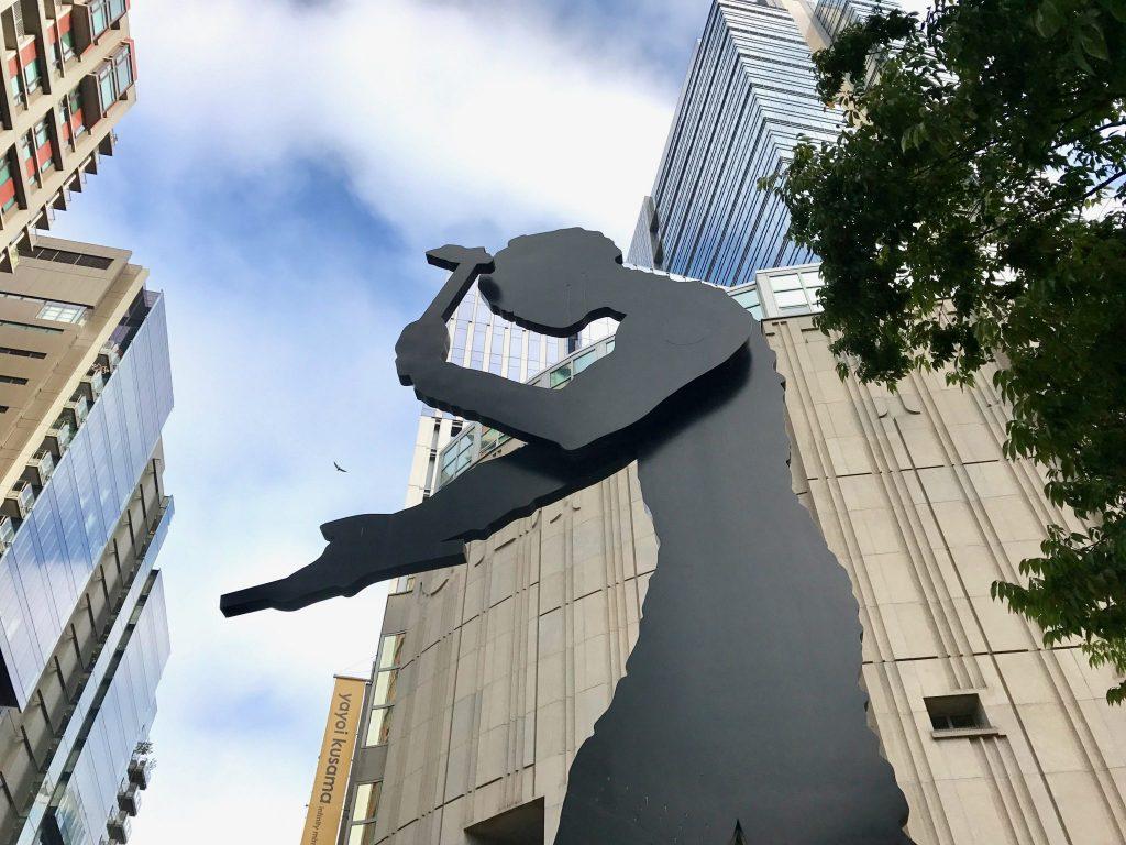 Hammering Man sculpture Seattle Art Museum