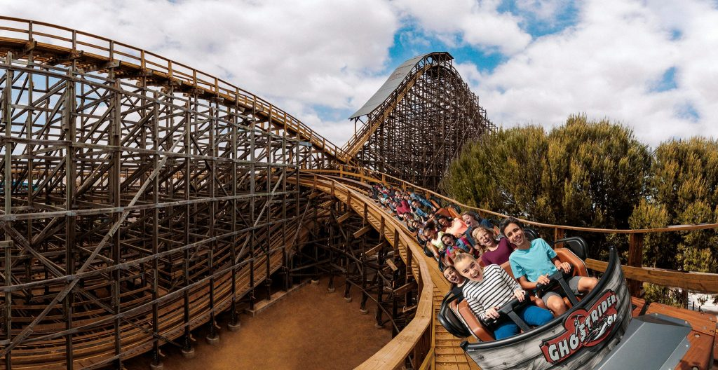 GhostRider rollercoaster Knott's Berry Farm