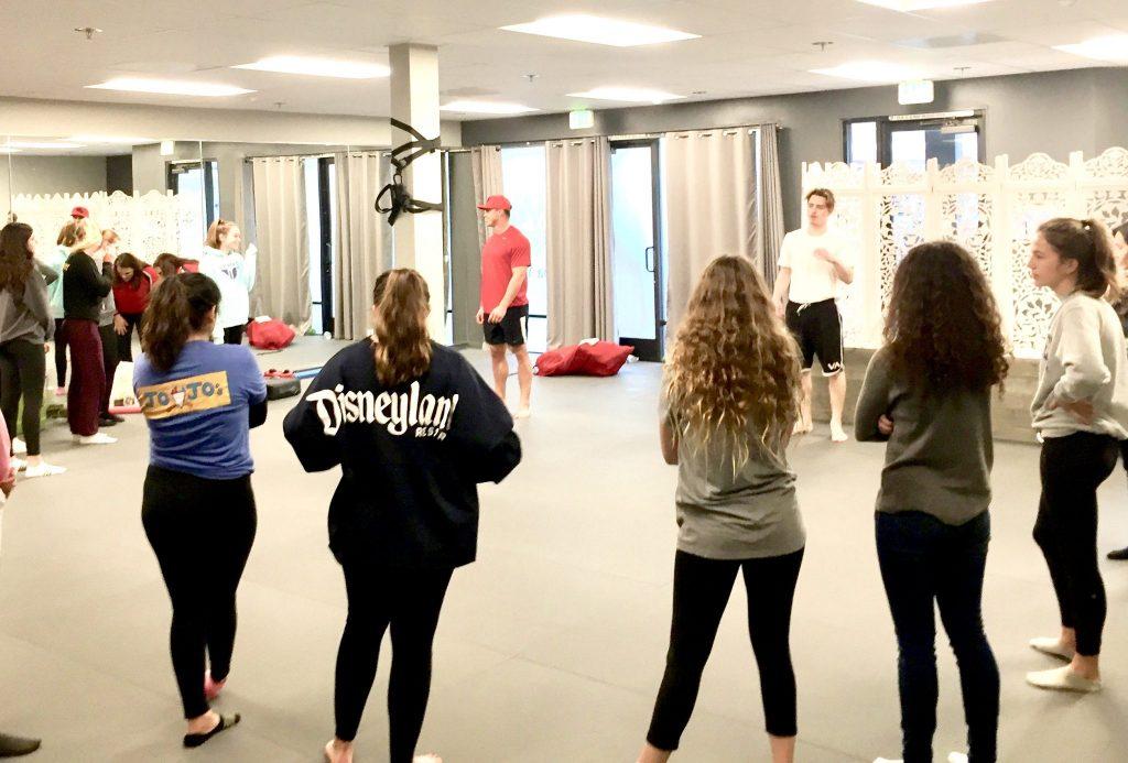 girls self defense class circle