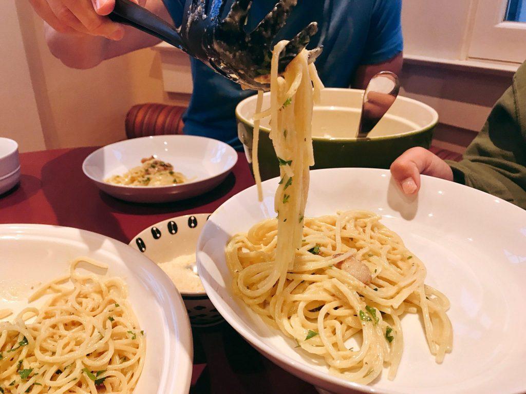 serving dishes of fresh Pasta Carbonara