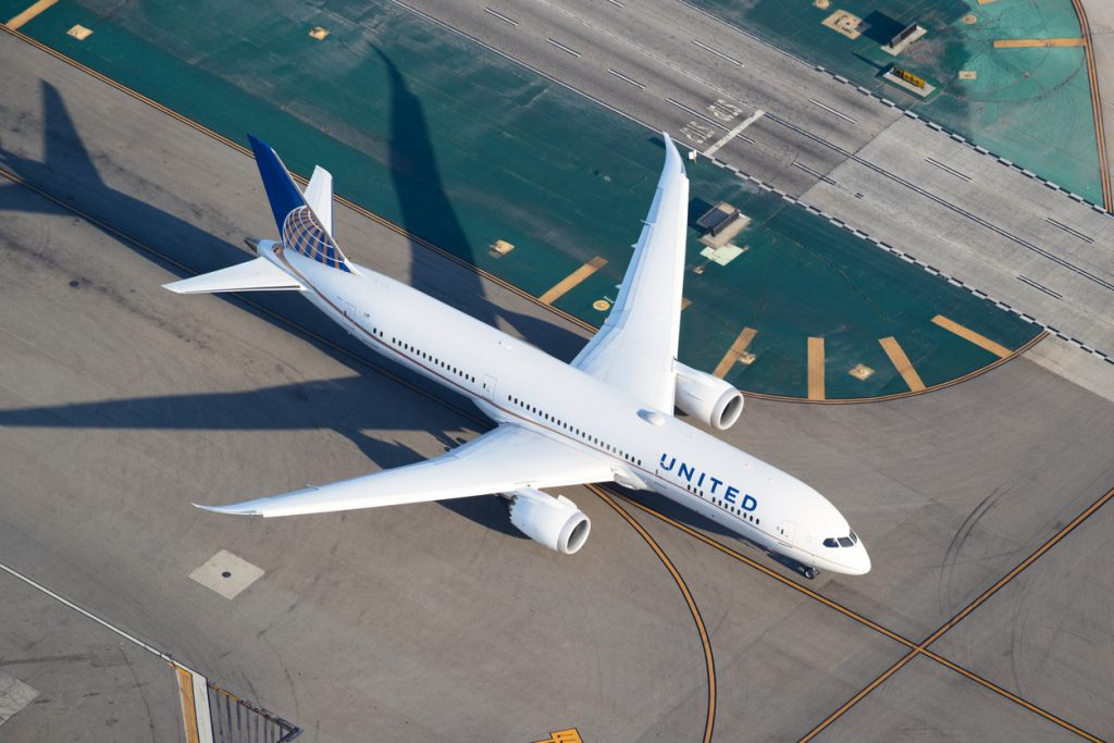 Los Angeles, USA - March 29, 2018: A United Airlines Boeing 787 Dreamliner at Los Angeles Int. Airport seen from a helicopter. United Airlines is the world's third-largest airline when measured by revenue, after American Airlines and Delta Air Lines.