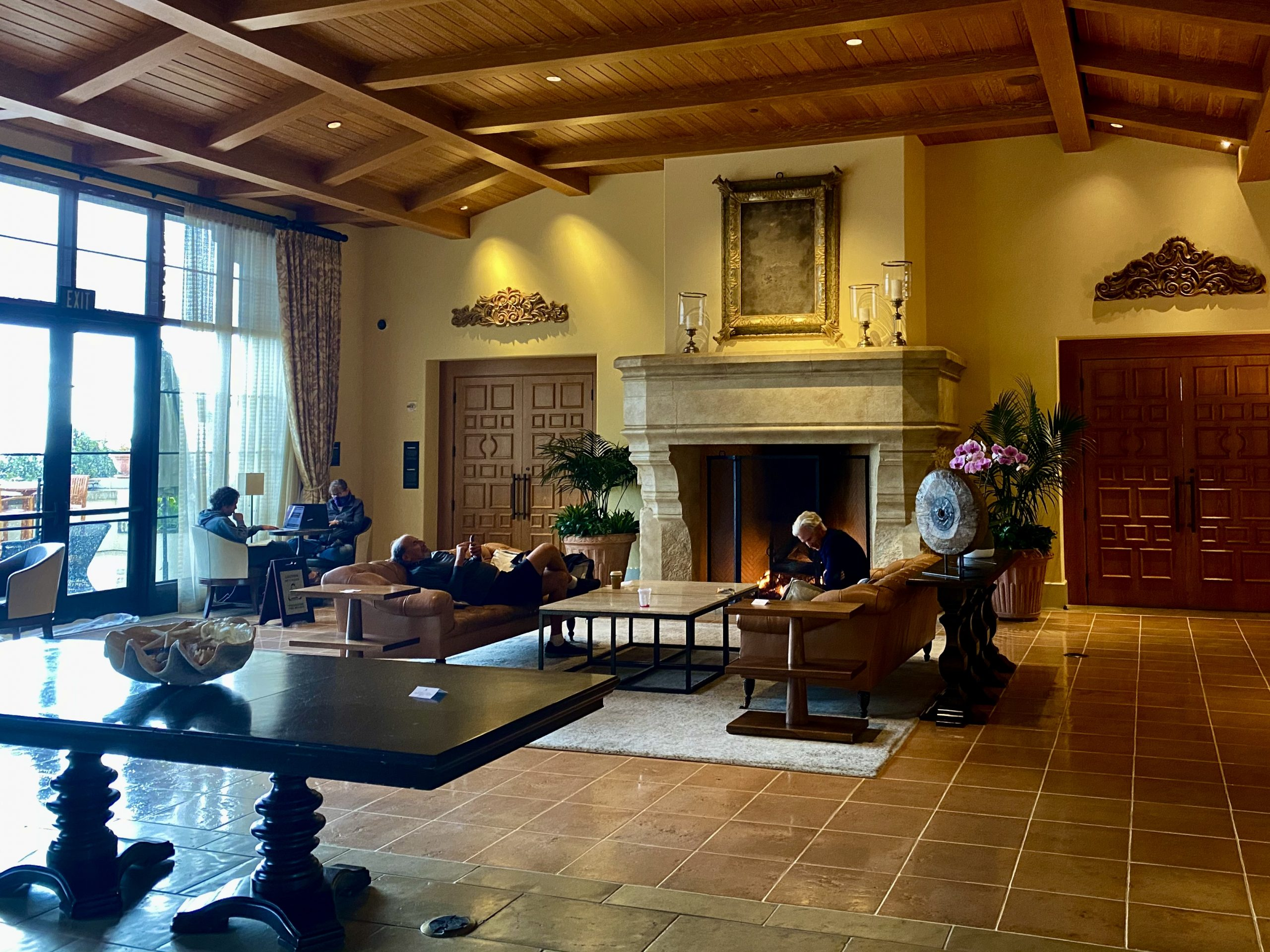 Lobby living room at Terranea Resort