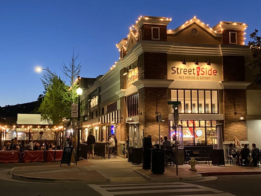 Streetside Ale House & Eatery in downtown Paso Robles, CA
