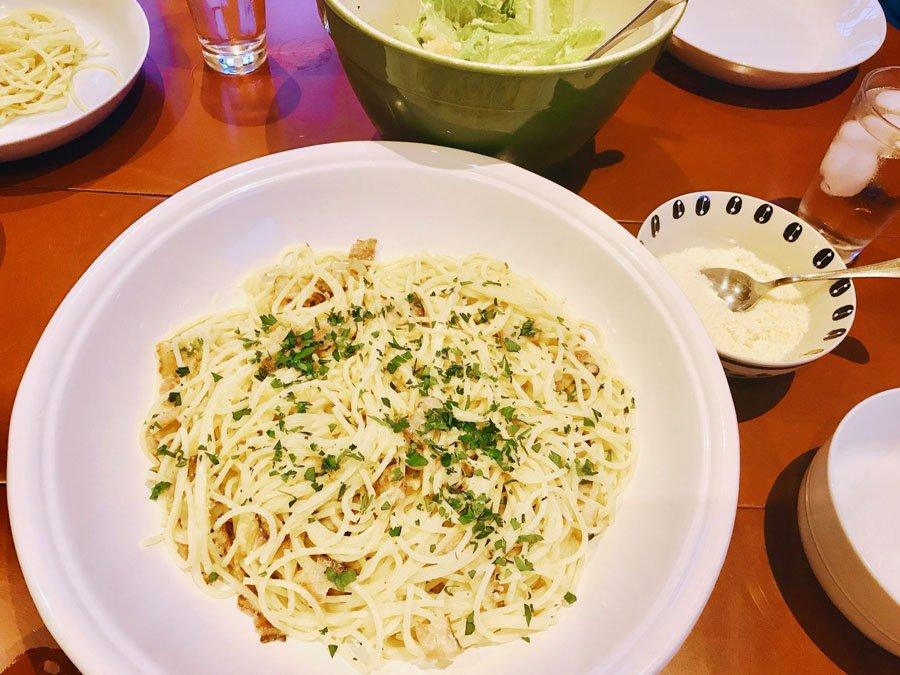 dish full of freshly made pasta carbonara